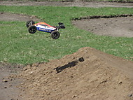RC Losi 8eight buggy (Jelass)