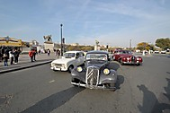 Renault 4, Citroen Traction Avant a Jaguar(?) (stepanfoto)