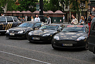 cars in black (motor911)